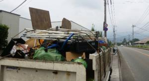 物干し竿、テレビ台、3段ボックス、タンス、細々した生活用品などの回収は福岡市の片付け隊