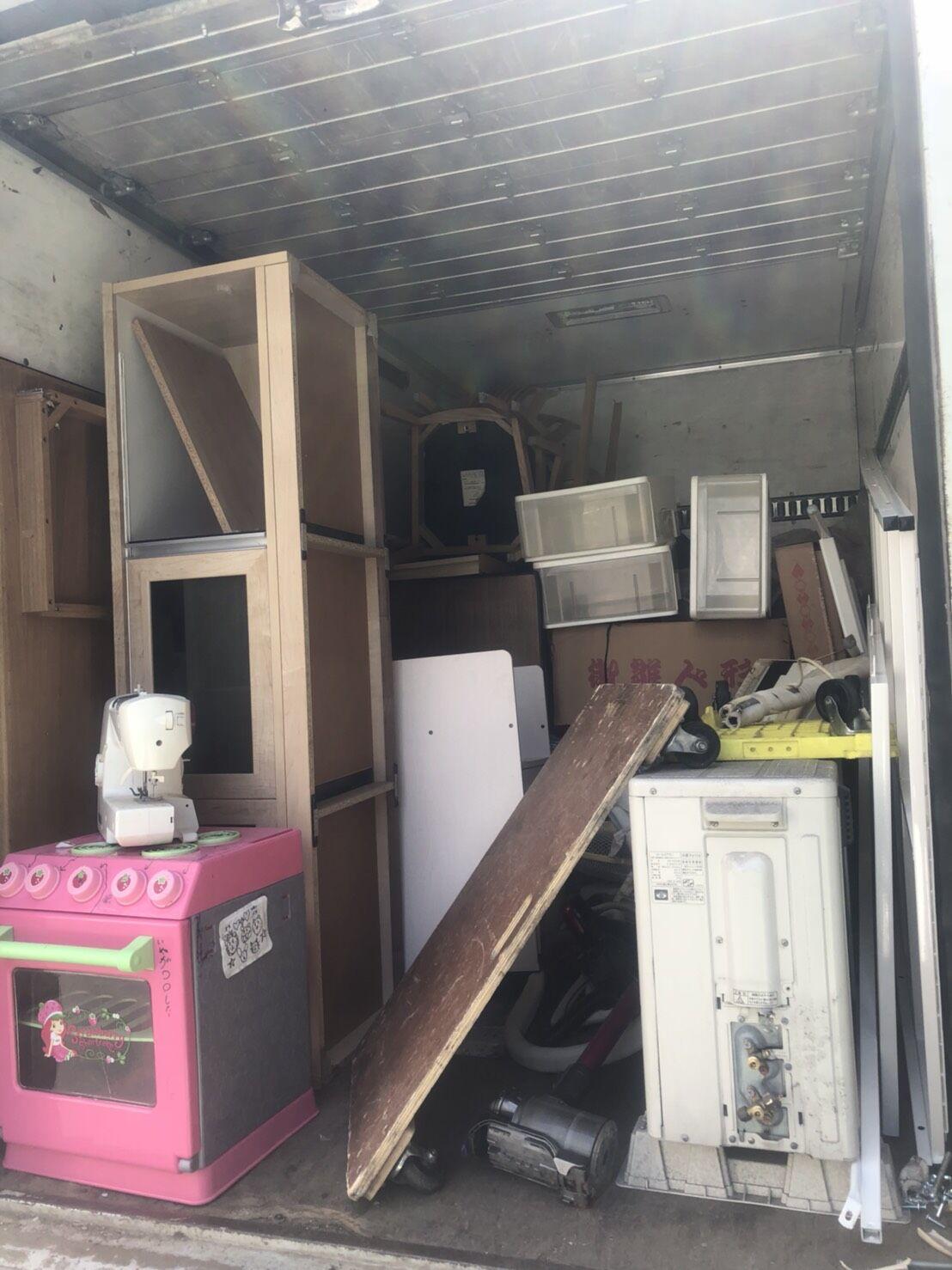 エアコン取り外しも不用品軽トラ分を回収 福岡市早良区室見作業後
