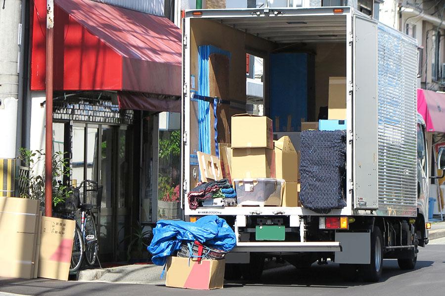 福岡 学校などの卒業に伴う引っ越しと不用品回収・処分
