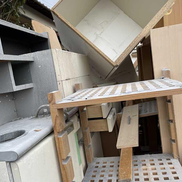 【回収実績】福岡市東区の歯医者の作業場を不用品回収