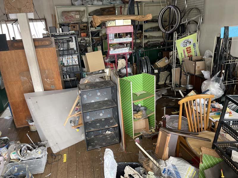 福岡県内で自転車屋の閉店に伴う解体、不用品回収一式【回収実績】